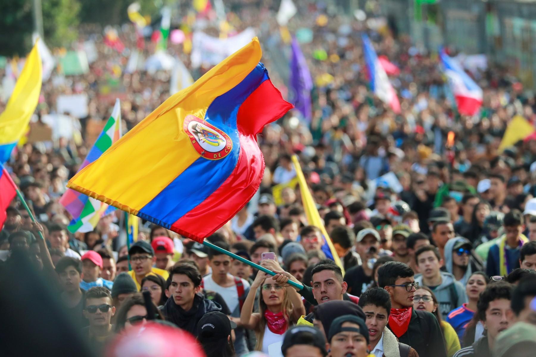 Daza: gobierno de Colombia descartó reforma tributaria para este año